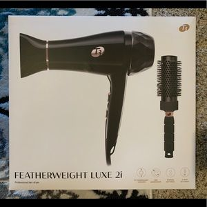 Featherweight Luxe 2i